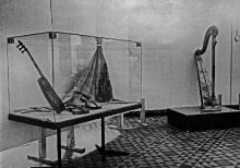 Wystawa czasowa Pięć wieków sztuki lutniczej ze zbiorów Muzeum Instrumentów Muzycznych w Poznaniu, 1975, fot. arch.