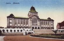 Budynek Muzeum Miejskiego pocztówka