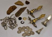 Skarb ozdób i monet odkryty w Świlczy (pow. rzeszowski, woj. podkarpackie). Zbiory: Muzeum Okręgowe w Rzeszowie
