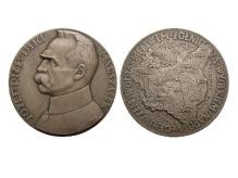 """J. Aumiller, 10 rocznica """"Wojny 1920 roku"""", 1930, srebro, Ø 55,1 mm, fot. M. Pawłowski"""