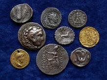 Złote isrebrne monety greckie irzymskie od IV w. p.n.e. do VI w., fot. M. Pawłowski