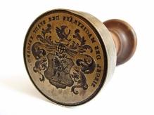 Pieczęć miasta Białogardu, XIX w., brąz, drewno, Ø 57,5 mm, fot. M. Pawłowski