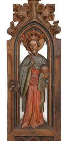 Stalla rajców z Kołobrzegu, ścianka skrajna z przedstawieniem św. Olafa, warsztat kołobrzeski, kon. XIV w., drewno dębowe, polichromia, 286 x 45 cm, fot. G. Solecki