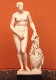 Afrodyta Knidyjska, rekonstrukcja rzeźby Praksytelesa z Aten z 364–361 p.n.e., wykonana przez Hansa Everdinga, Rzym, 1905–1909, marmur