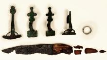 Wyposażenie grobu 903A odkrytego na cmentarzysku w Czarnówku (pow. lęborski, woj. pomorskie). Zbiory: Muzeum w Lęborku