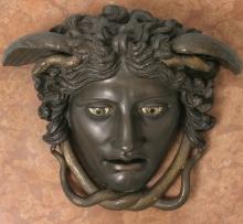 Głowa Meduzy, tzw. Meduza Rondanini, kopia rzeźby z kon. V w. p.n.e., wykonana w WMF Geislingen (Niemcy), 1905–1909 r., brąz