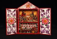 Retablo - szopka bożonarodzeniowa, region Ayacucho, Peru, 2. połowa XX w., drewno polichromowane, gips polichromowany, 35,2 x 23,3 cm, fot. G. Solecki, A. Piętak