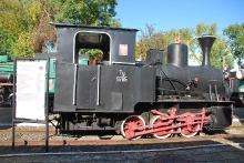 Parowóz przemysłowy Ty-9785, rok produkcji 1921, Orenstein & Koppel AG w Berlinie, zakupiony przez Cukrownię Subbowitz (początkowy rozstaw osi 740 mm), odkupiony przez Cukrownię w Gryficach (przekuty na 1000 mm) i eksploatowany do 1979 roku